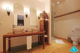Manoir avec gîtes et chambres d'hôtes