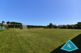 Pavillon de plain pied avec terrain de 1 478 m² vue mer