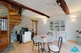 Maison Atypique avec double garage en centre ville de Cherbourg