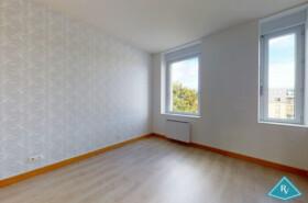 Grand appartement T3 en duplex