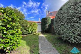 Maison/Appart duplex à rénover avec jardin
